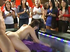 ممارسة افلام سكسي اجنبي كامل الجنس مع امرأة في الملابس الداخلية الجميلة وجوارب