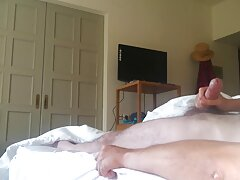 شقراء وامرأة سمراء في غرفة سكسي اجنبي محارم الملابس