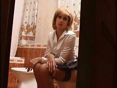 فتاة افلام سكسي عربي اجنبي تلعب مع ديك صغير