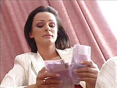 تم إطلاق النار على سكايلا ريان أثناء ممارسة سكسي افلام اجنبية مترجمة الجنس الساخن