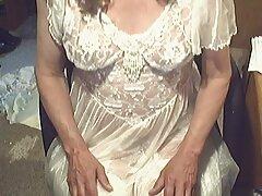 امرأة سمراء ناضجة افلا م سكسي اجنبي مارس الجنس في الحمام